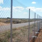 Montaggio recinzione a maglia sciolta